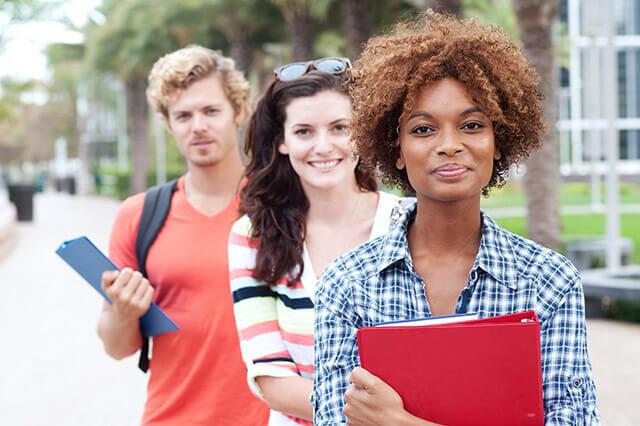 Kosova Üniversiteleri Lisans Tamamlama